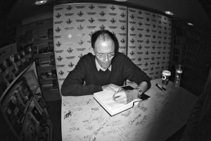 William_Gibson_Zero_History_signing_at_Forbidden_Planet_London