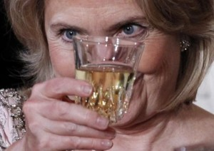 Hillary-clinton-drunk-600x425