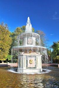 roman_fountain